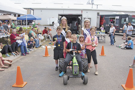 Pine City pedal pullers show prowess at  Burnett Dairy Day