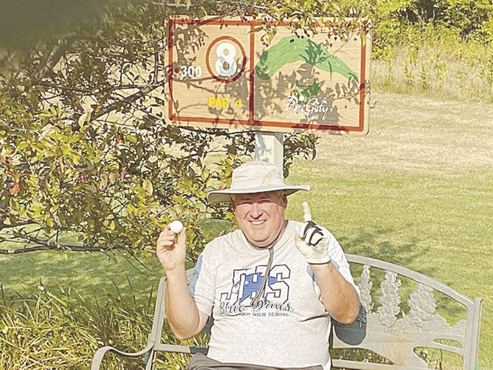Linzmeier lands historic hole-in-one
