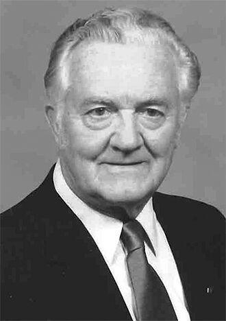 Leonard W. Gangelhoff