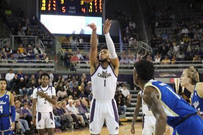 Sophomore forward Jayden Gardner against Tulsa - 2019/2020