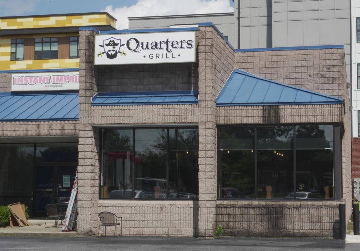 Quarters Bar and Grill