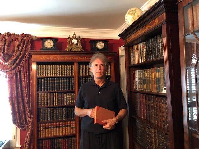 ECU alumnus to donate 4,000 rare books to Joyner Library