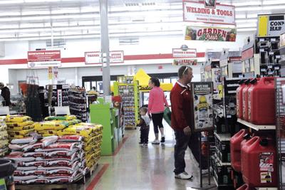 Tractor Supply Holds Successful Grand Opening | Local News