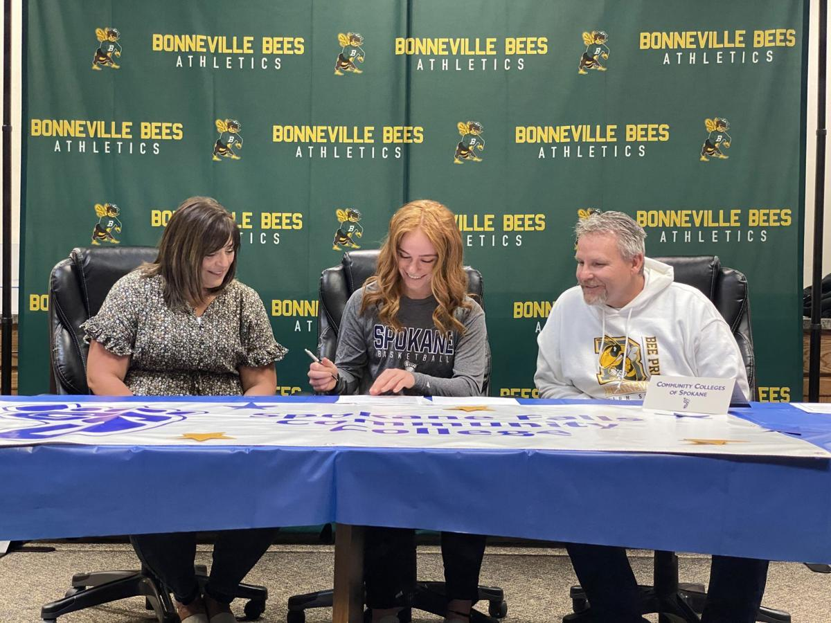 GIRLS BASKETBALL: Bonneville's Hunt signs with Spokane Falls