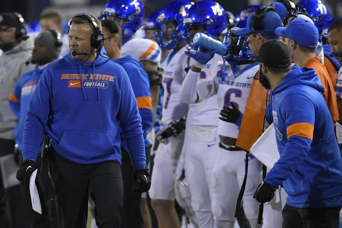 Clemson No. 1 in preseason poll; Boise State tied for 26th