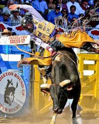 Smith takes on the bulls at NFR