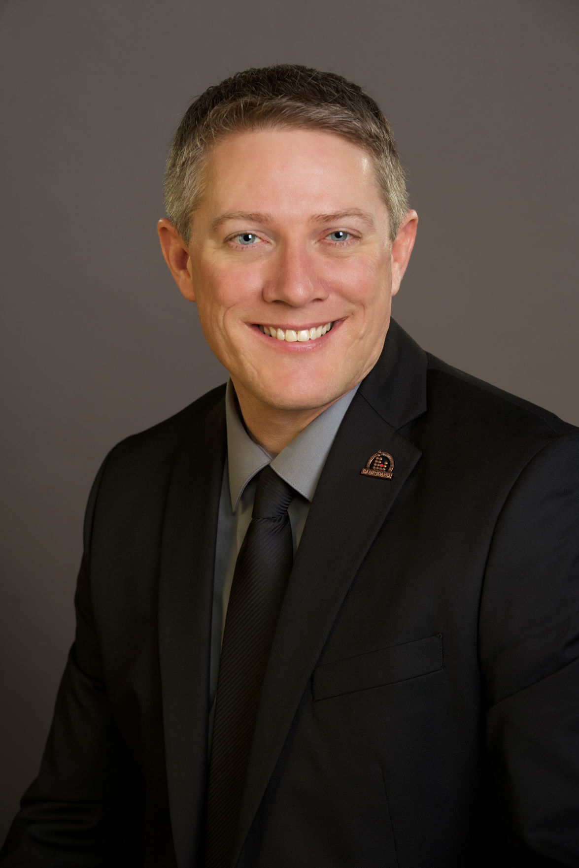 Vahsholtz-Tony Bank of Idaho
