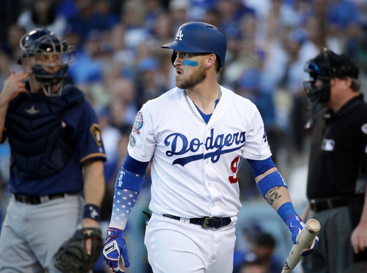 Grandal's woes, quiet LA bats doom Dodgers in NLCS Game 3