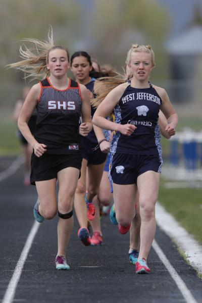 West Jefferson girls keep 2A District 6 track title