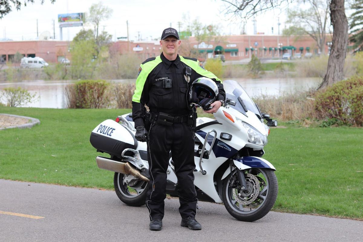 bike cop 1