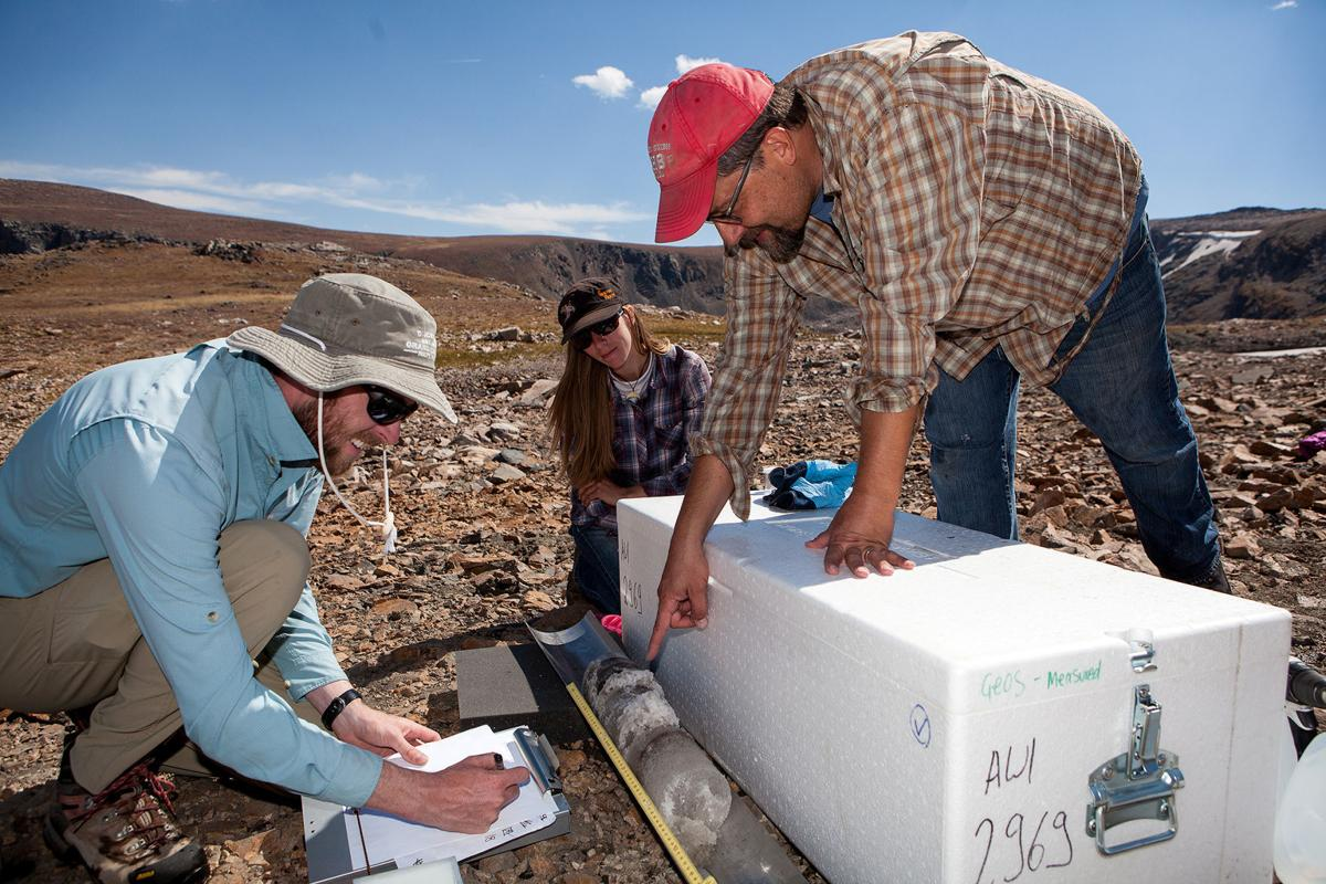 Clues from the Yellowstone ice patch:  When climate change meets archaeology