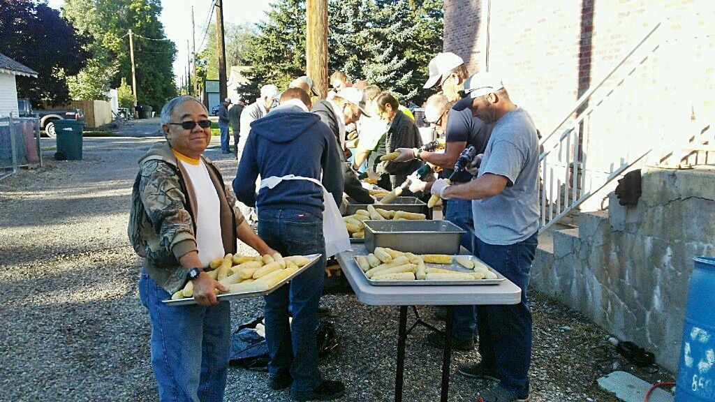 Day of the Corn: Many hands make work go quickly for CDT