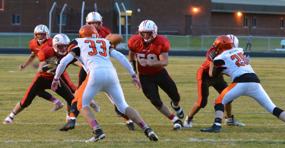 In return to home field, Challis stomps Glenns Ferry