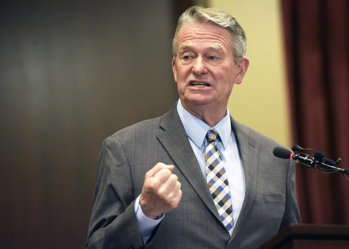 Gov. Little announces Idaho will move back to Stage 3 of reopening