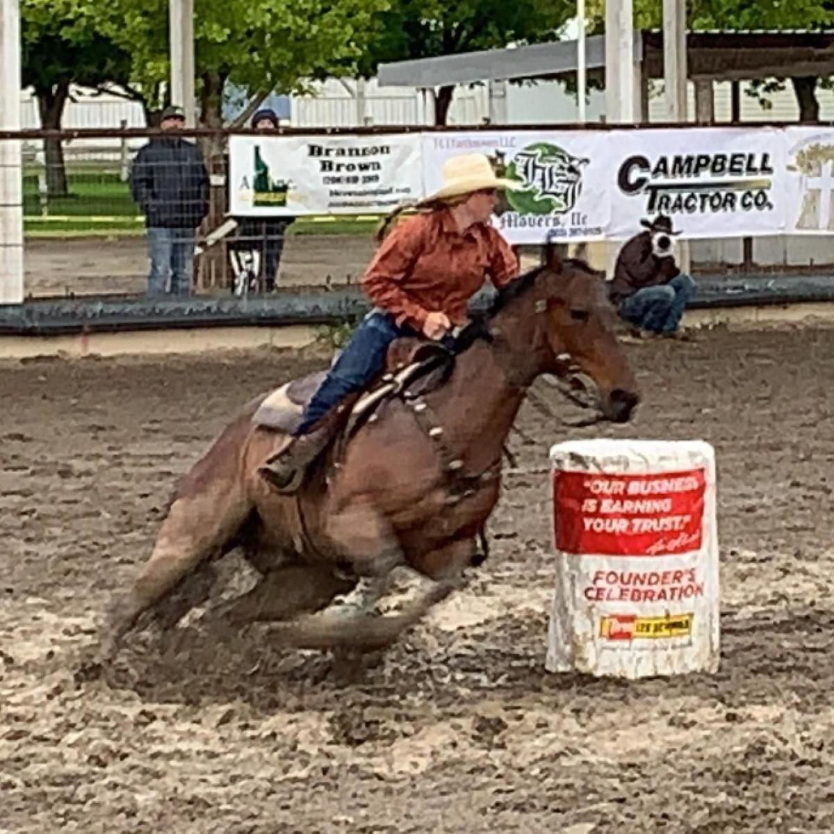 Barrel racing going down to the wire