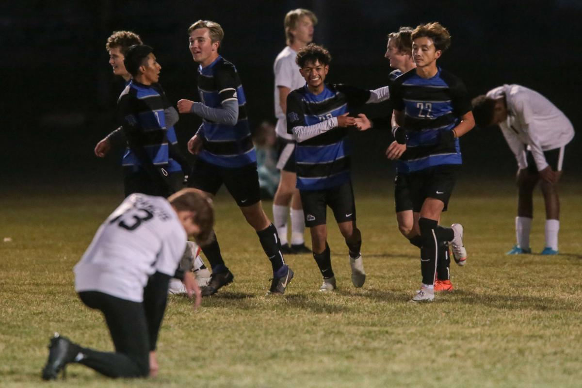 BOYS SOCCER: Thunder Ridge beats Highland for district title and state bid
