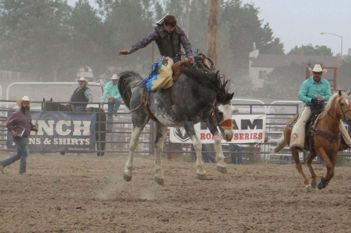 Saddle Bronc results first go-round