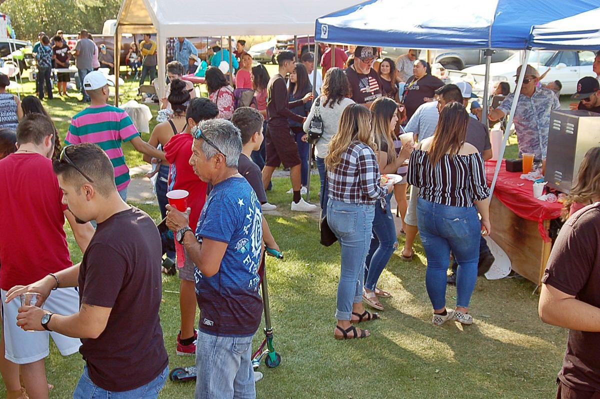 Throngs enjoy Kermes Festival Sunday