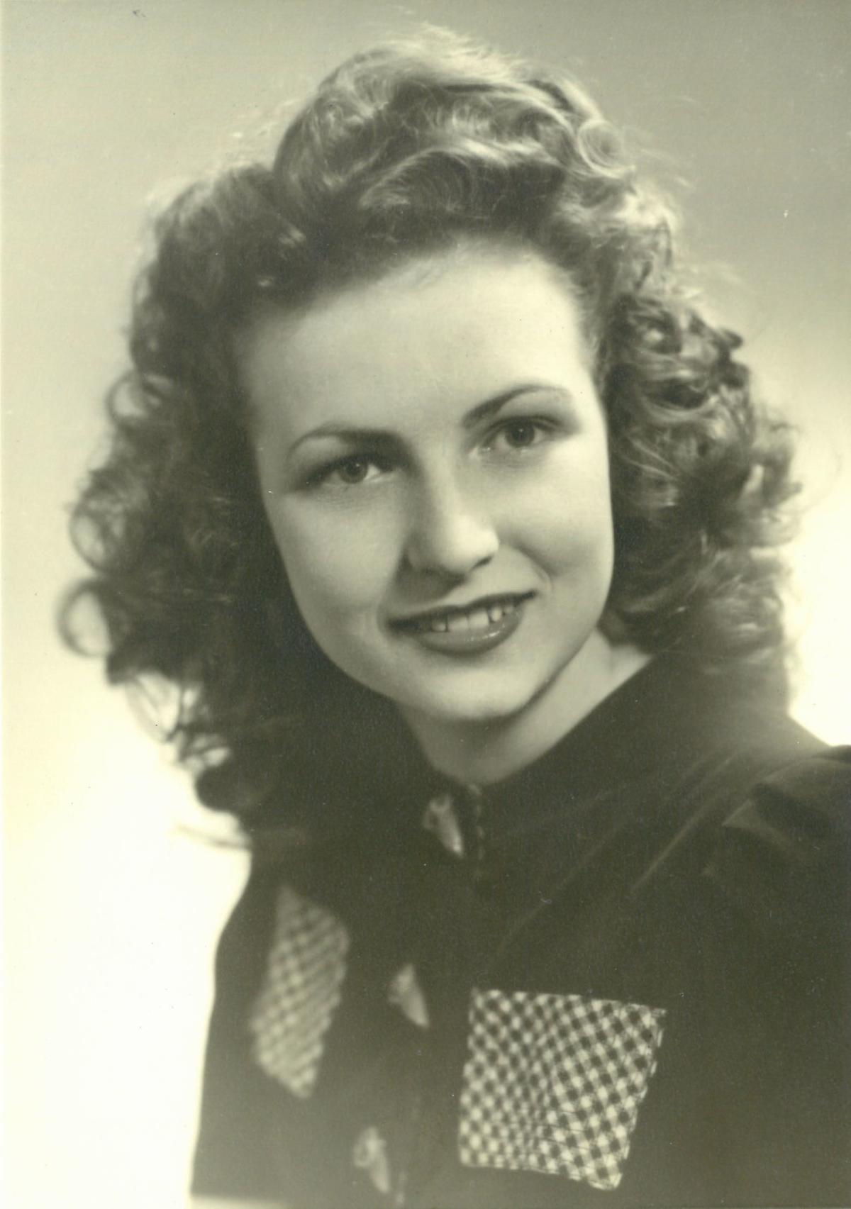 Doris Jean Burtenshaw Cox