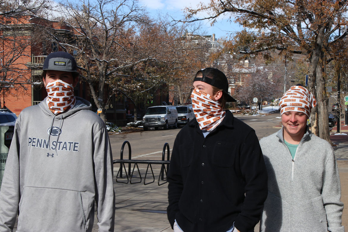 Face_covering_02_1350
