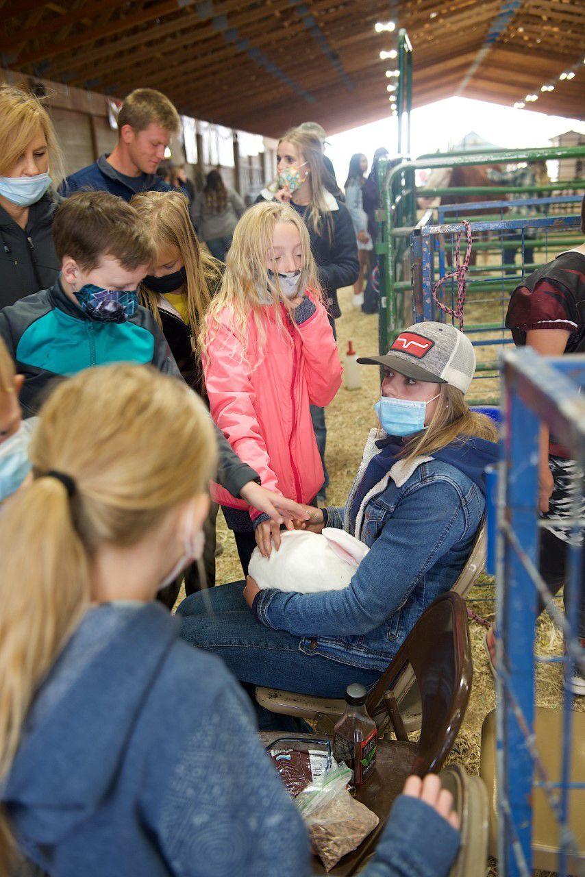 Rigby High FFA holds Ag Days for county fourth graders