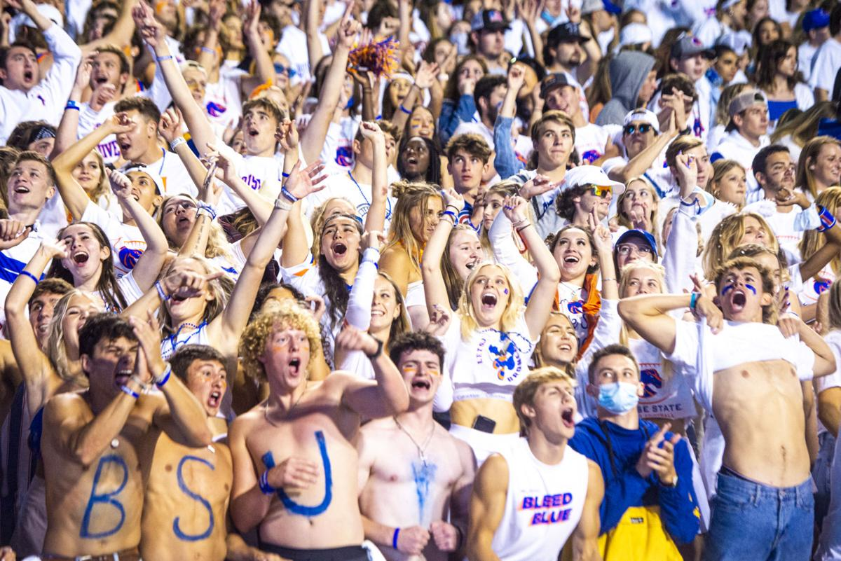Boise State to offer vaccinations at football games, reward those wearing masks
