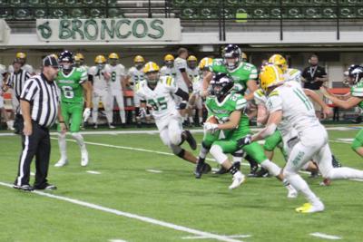 Teegan Thomas scores 5 touchdowns against Lakeland in Holt Arena