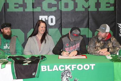 Blackfoot's Craig Young signs letter of intent to Montana Western