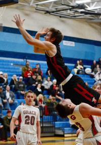 Challis boys win district title, head to state