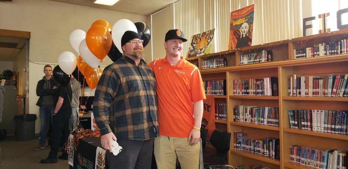 Idaho Falls' Fugleberg signs to play football at Idaho State