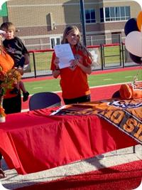 Madison's Dummar signs to play soccer at ISU