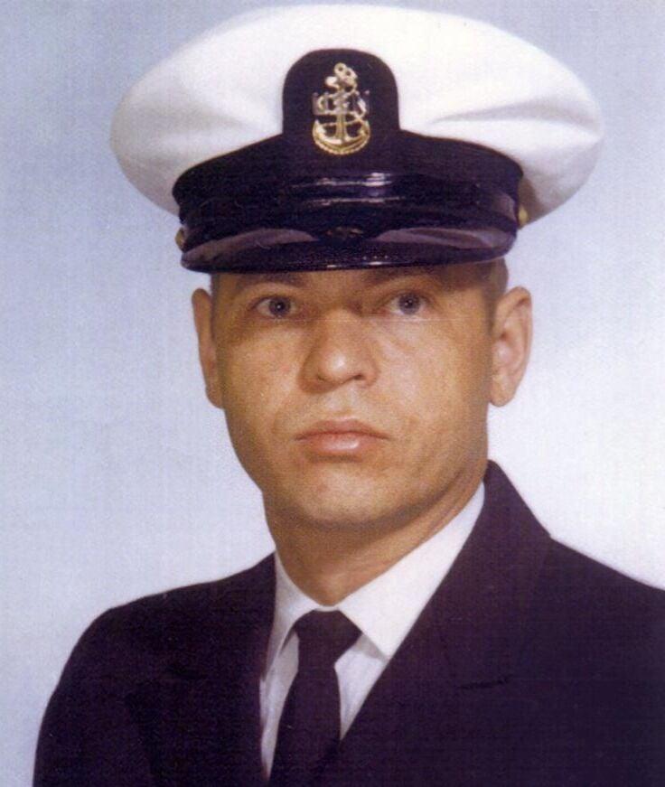 Axel  Hallan
