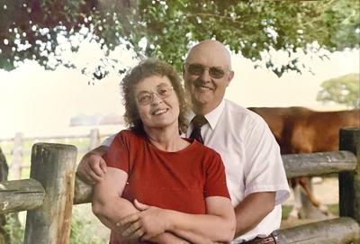 Spauldings celebrate 60th wedding anniversary