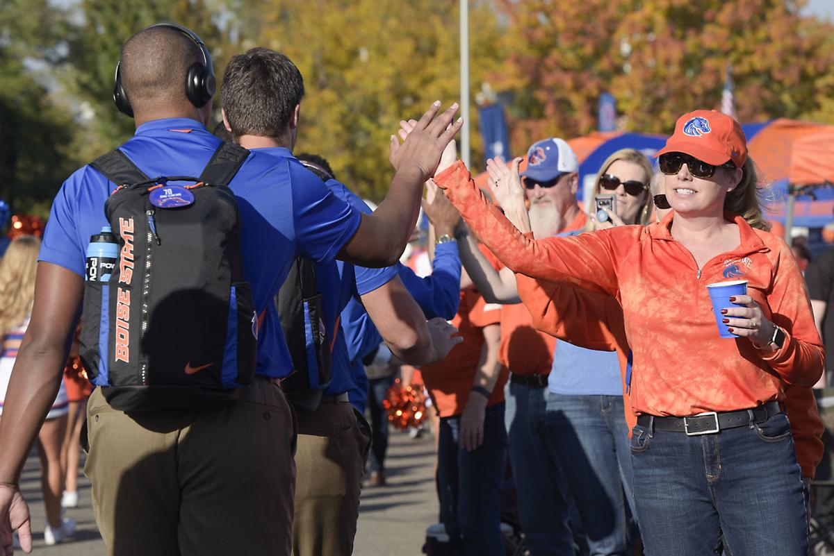 Boise State to sell alcohol in general seating areas of Albertsons Stadium