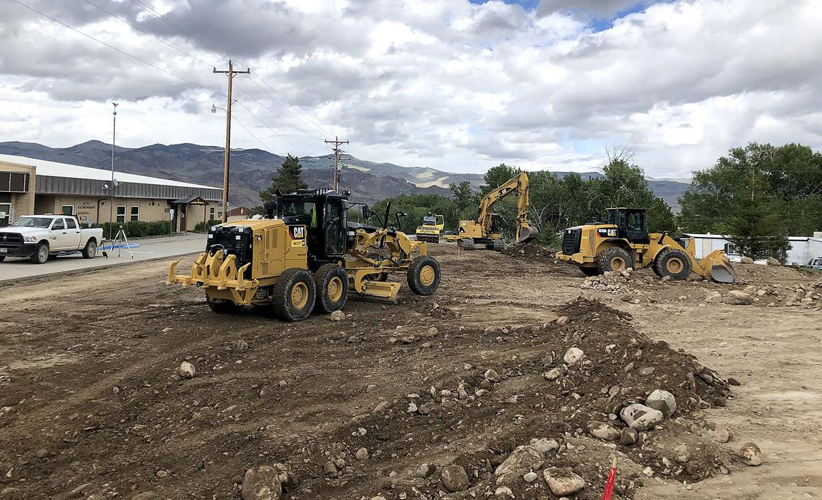 Work on Challis Elementary parking lots begins