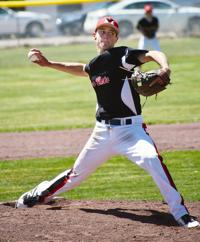 RiverCats win district tourney, head to state