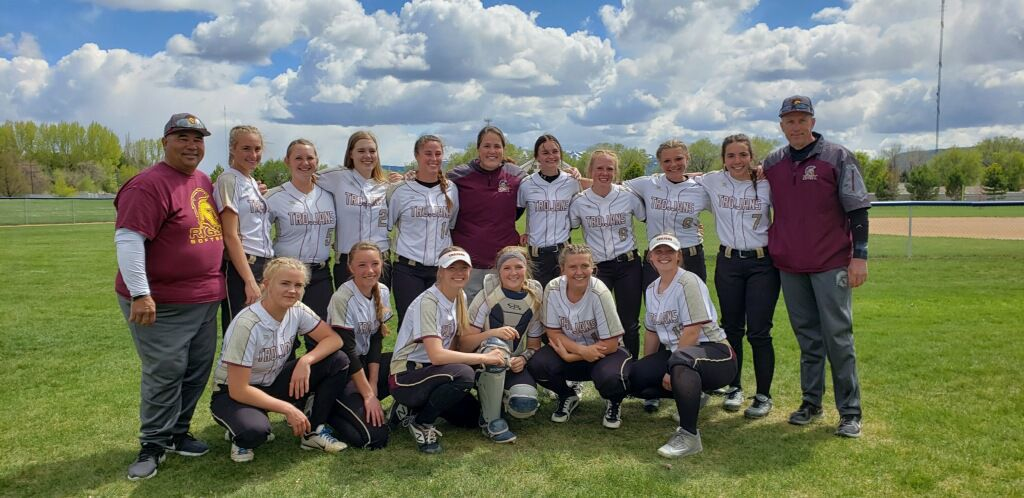 Local softball teams advance to state tournament