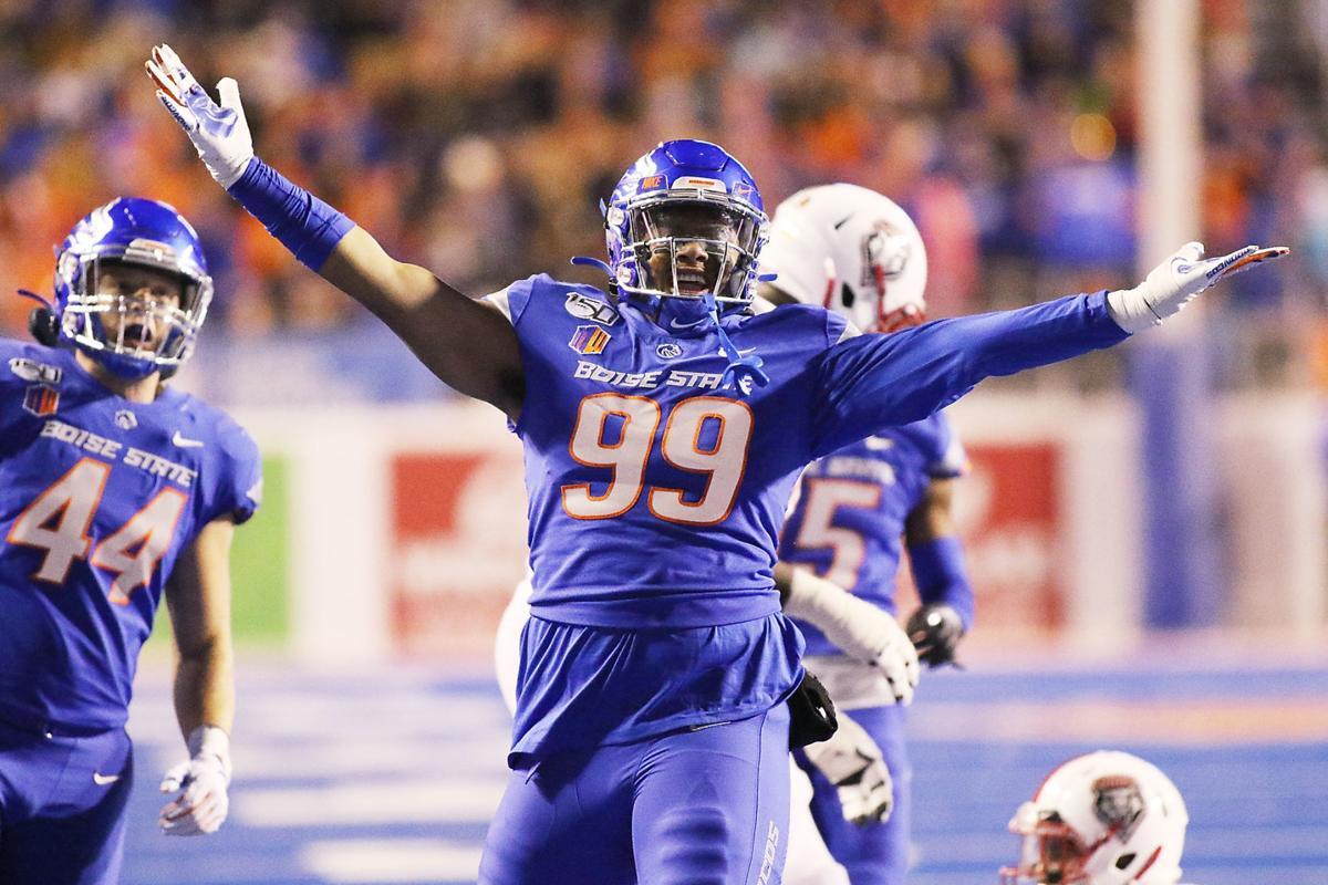 Boise State's Weaver goes to Miami, Hightower to Philadelphia in 5th round of NFL Draft