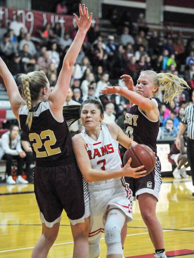 Rigby's rally stuns Highland in 5A District 5-6 championship