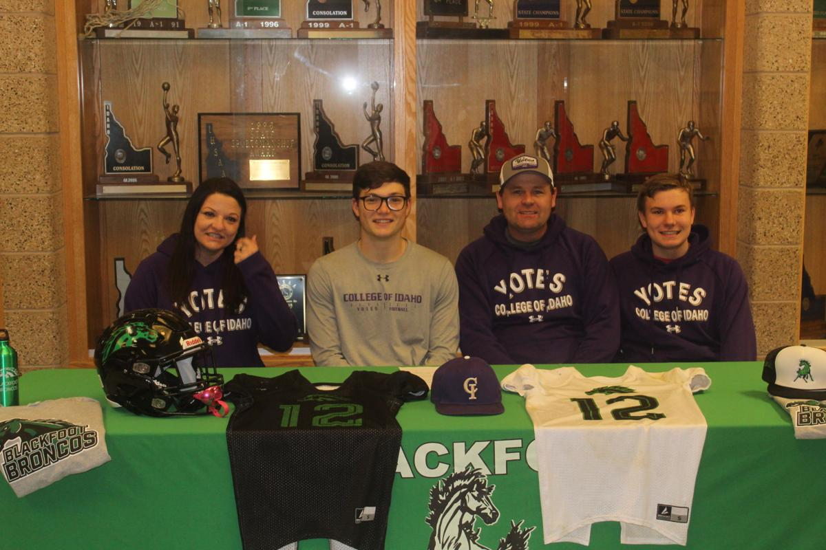 Stryker Wood signs letter of intent to attend College of Idaho