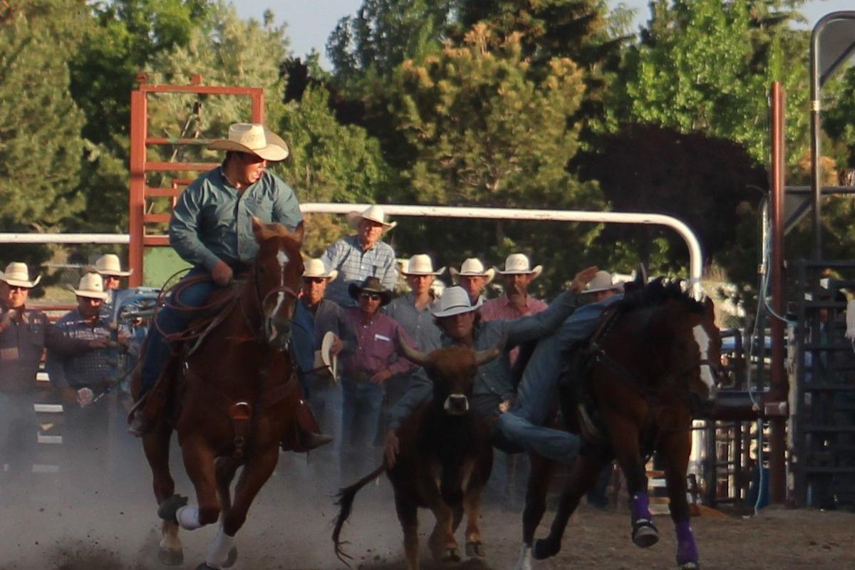 Steer wrestling goes to Hunter Roche for his second title