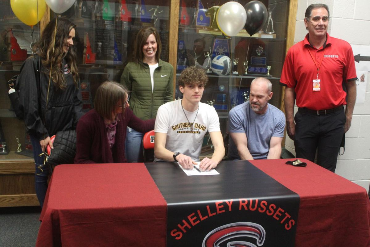CROSS COUNTRY: Shelley's Ben Vernon signs letter of intent with CSI