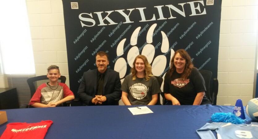 Skyline's Squires signs with Western Wyoming volleyball
