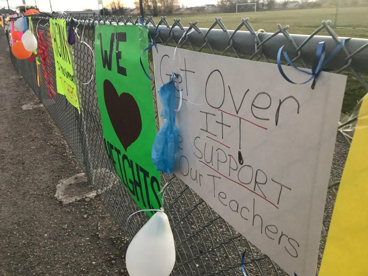 Middleton teachers signs