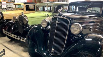 Classic cars - Dawn and Gary Schwartzenberger