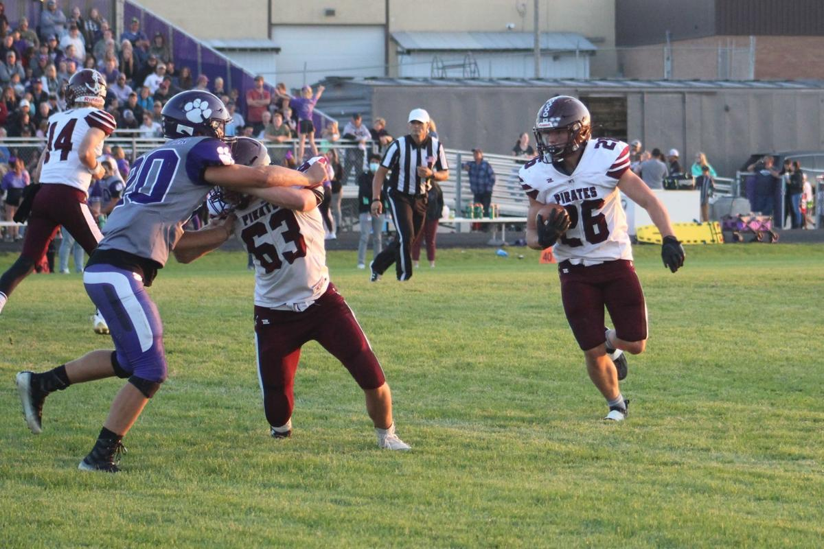 Shelley moves into top five in 4A football poll