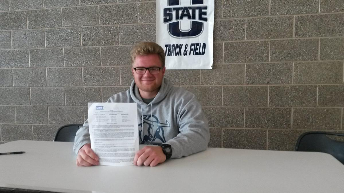 Rigby's Franz signs to throw for Utah State