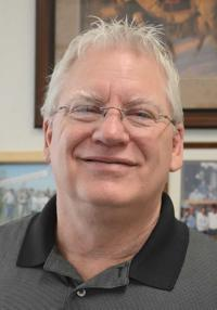 Tubbs will step down as Firth school chief