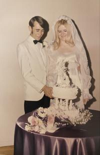 Barnes celebrate 50th wedding anniversary