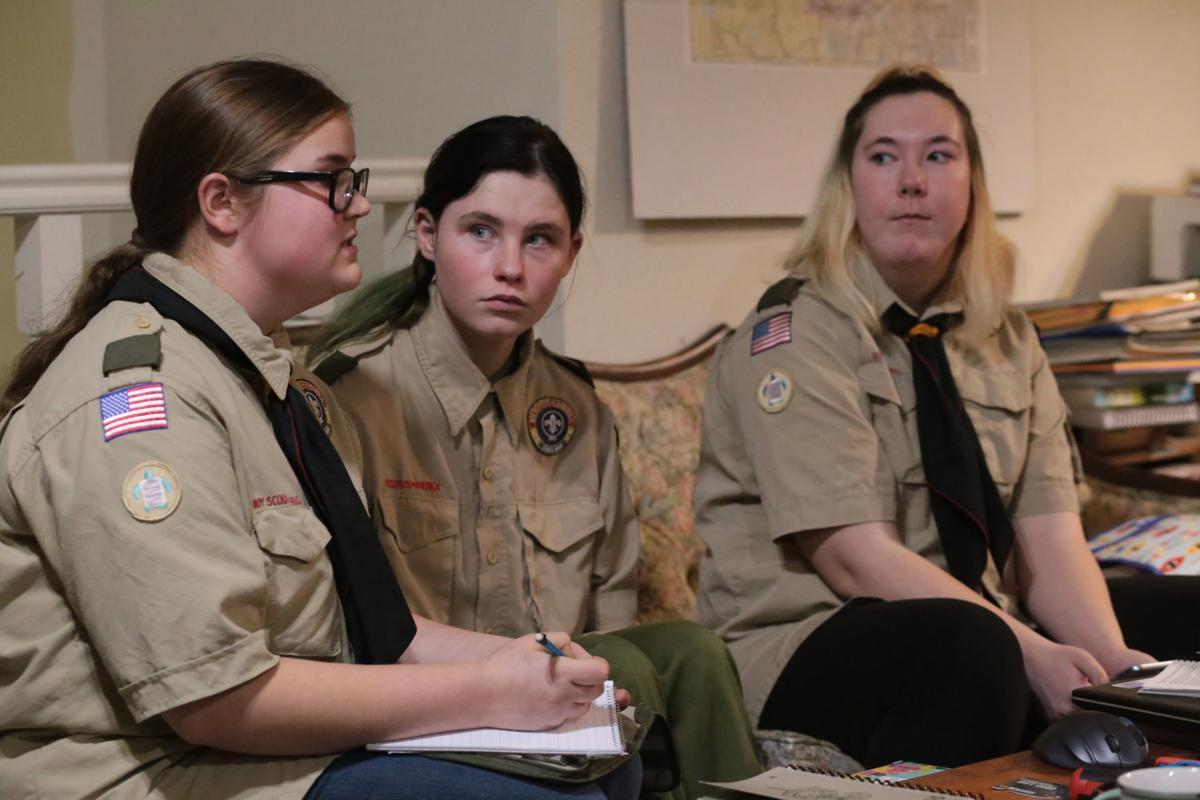 работа для девушек воинскую часть